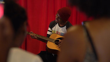 Artist Lounge Live Performances