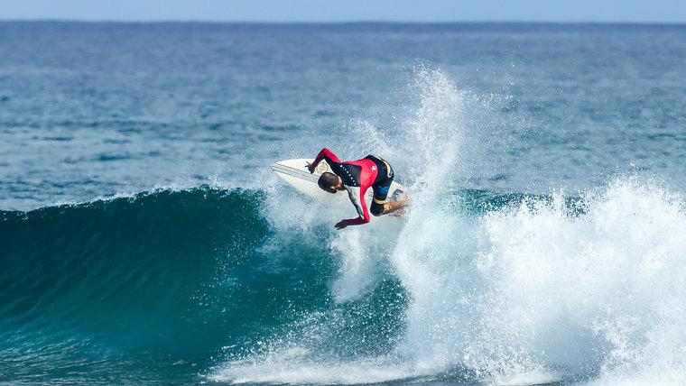 Surfing Intermediate