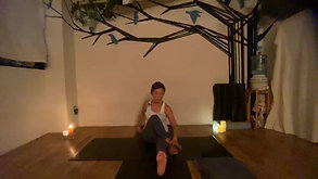 6/30 21:00-21:30 MEDITATIVE YOGA by Maiko Kurata