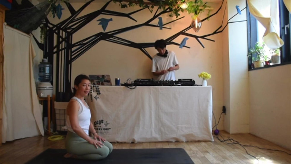 YOGA PARTY -BE YOU BE WELL-