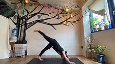 4/28 Kundalini yoga (思考を切り替え可能性を広げていく) by Maiko Kurata