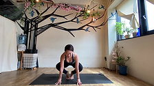 4/7 15min Quick Kundalini yoga by Maiko Kurata