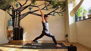 11/28 Hatha yoga (肩胸周りを解して免疫力Up) by Maiko Kurata
