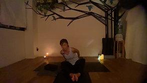 MEDITATIVE YOGA (Yin yoga多めのDeep relaxation ) by Maiko Kurata 6/23