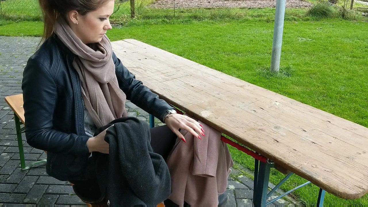 Jacket-bar | Jackenaufhängung unter Tischen / Biertischen / Theke
