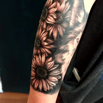 Wolf & Sunflowers Tattoo