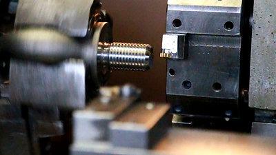 DIN 580 CNC DE