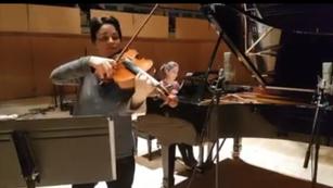 """""""Elles"""" en enregistrement avec Marina Thibeault et Marie-ève Scarfone"""