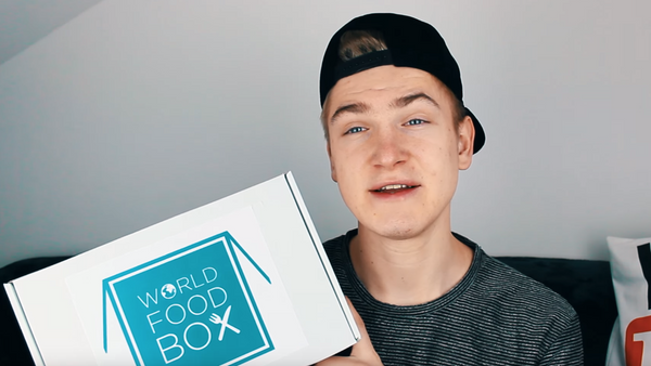Youtuberi o WorldFood Box-u
