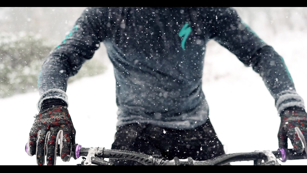 Downhill Mtb in the Snow