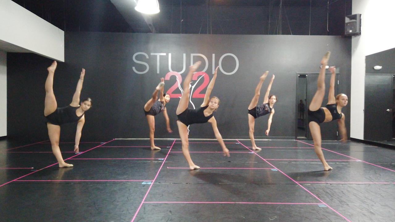 Studio 22 High Tek