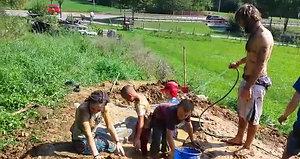 Heimtückisch: Die Lehmgrube