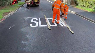Road marking Howden