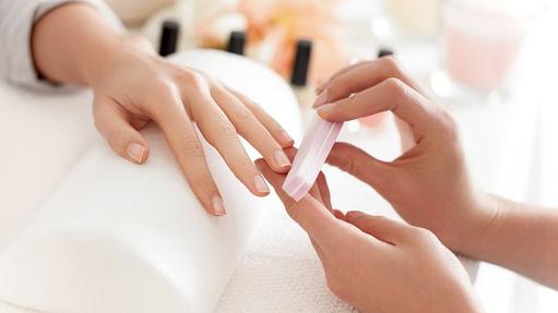 Kids gel Manicure