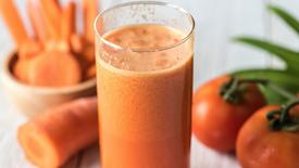 Saftzentrifuge Apfel-Karotte-Rote Beete / Juice Centrifuge Apple-Carrot-Beet Root