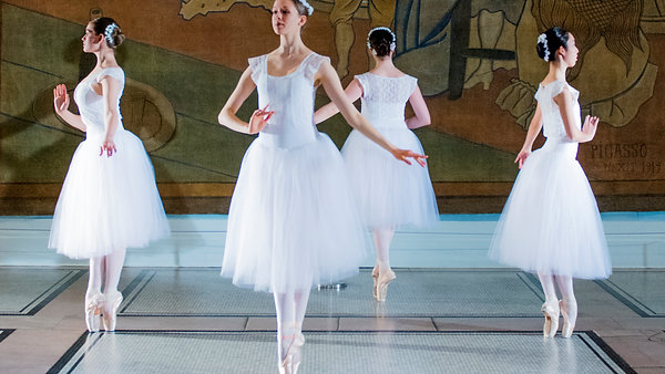 Chevalier Ballet