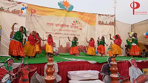 Rajasthani folk dance by Paras India Children