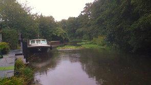 [1]  Peaceful River Wey