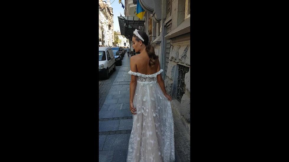 Valeri Gross 2020  Jasmin gown
