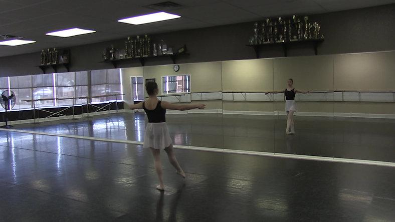 Adagio (Centre) - Ballet 2