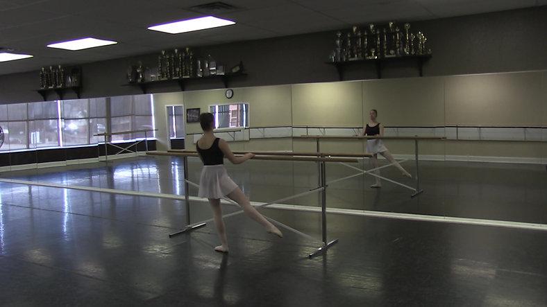 Adagio (Barre) - Ballet 2