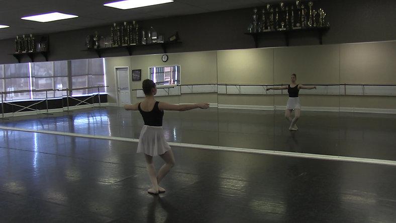Jete #2 (Centre) - Ballet 2