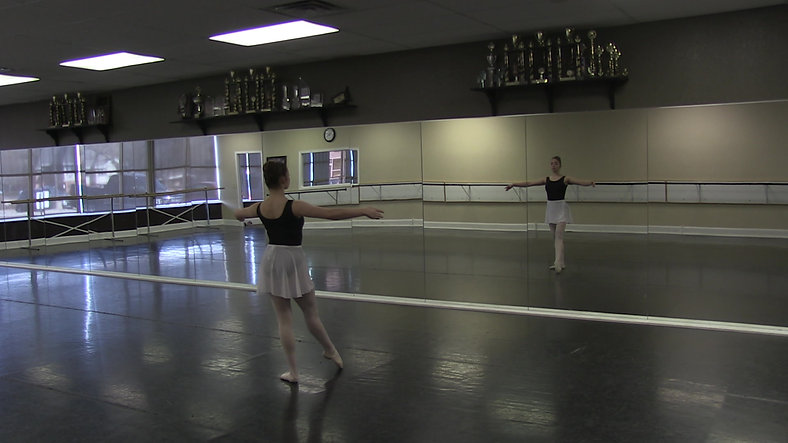 Rond de Jambe (Centre) - Ballet 2