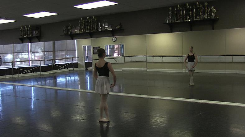 Changement de Pieds (Centre) - Ballet 2