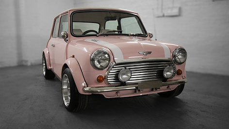 1994 Harajuku Pink Mini Cooper 1.3i