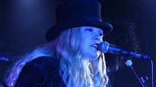 Fleetwood Bac: The Chain