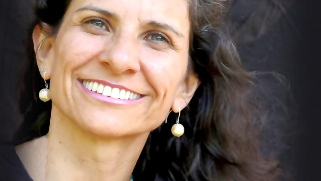 Lili Lakshmi Yogaia Brasil