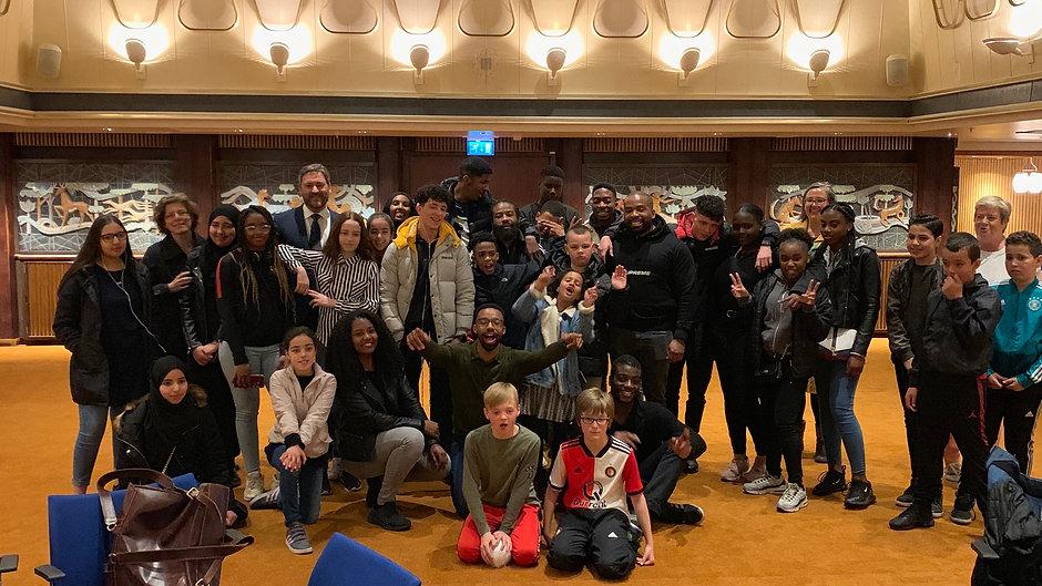 Kaapse jongeren betreden 'hun' SS Rotterdam