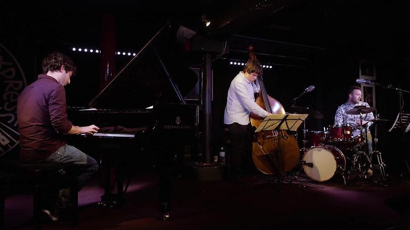 Sam Leak Trio - Adrift