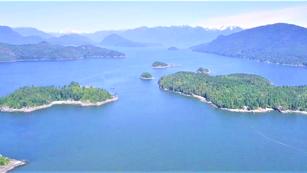Howe Sound - Coastal Wildlife & Natural Beauty