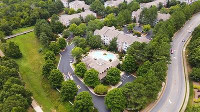 Avonlea Towne Lake Apartments