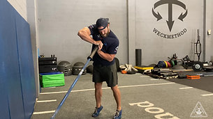 Coiled Reverse Lunge