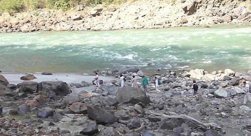 The Ganga Bathing walk
