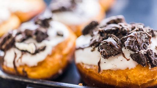 Vanilla Frosting Oreo Cronut