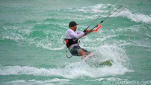 SURFING MIAMI BEACH