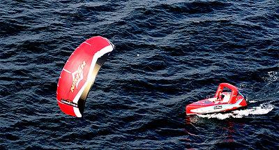 L'Atlantique Nord en kiteboat en solitaire - 2006