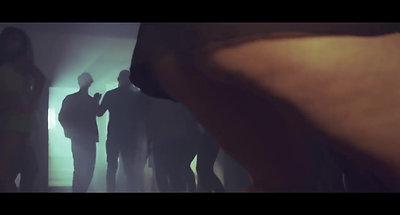 Dimitri Vegas & Like Mike vs Ummet Ozcan - The Hum ( Official Music Video )