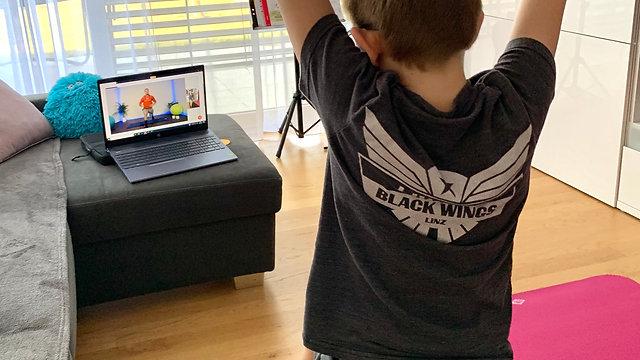 Livestream Online Training 4 Kids
