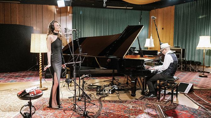 Laura Bilgeri & Christof Waibel - STUDIO LIVE STREAMING SESSION (December 6th)