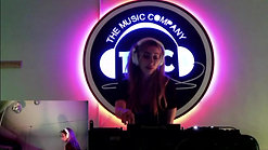 Ayla Simone live at The Music Company