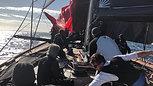 Deckchute drop Windward spinnaker