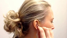 CUSTOM Hearing AId - How to Put In