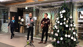 Duo Midnight Signs @Kauppakeskus Akselin Joulunavaus 2020