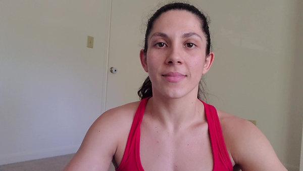 10-Minute Arm Workout with Carolina