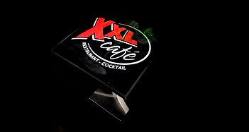 Plateau Cocktail sur pied bas