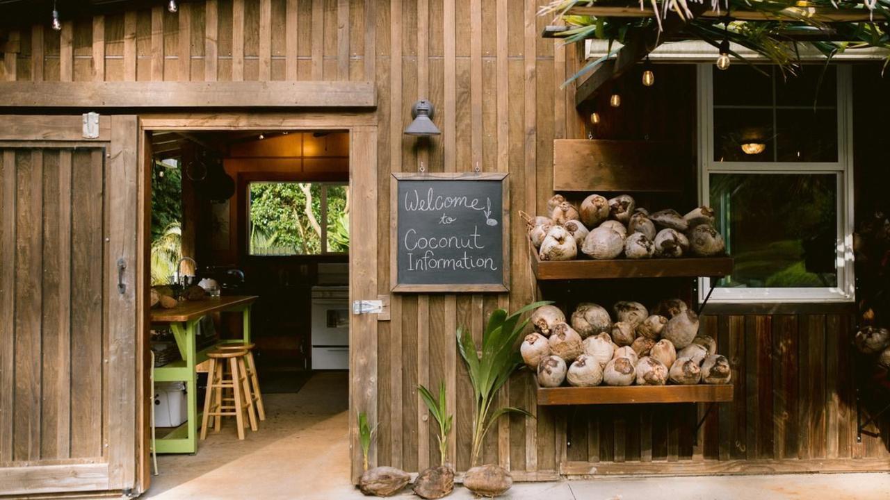 Coconut Cooking School